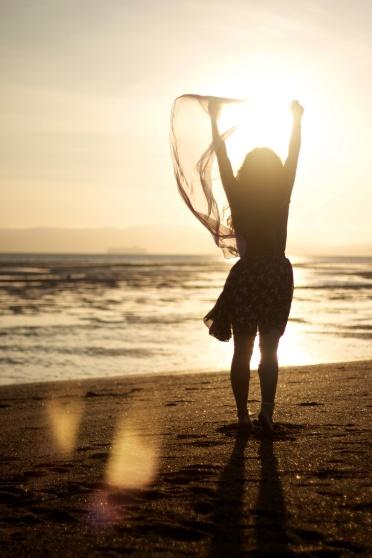 free-girl-in-sun